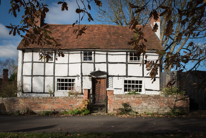 Tudor Cottage, Bearley for sale with Mr and Mrs Clarke estate agent