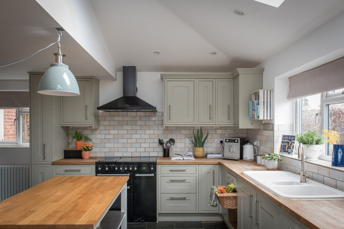 Braeside, Lapworth for sale with Mr and Mrs Clarke estate agent