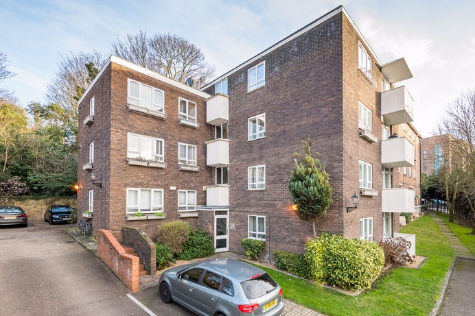 Blackheath Hill, SE10 for sale with Mr and Mrs Clarke estate agent