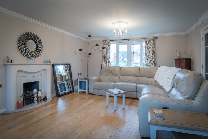 Pebworth Drive, Hatton Park for sale with Mr and Mrs Clarke estate agent