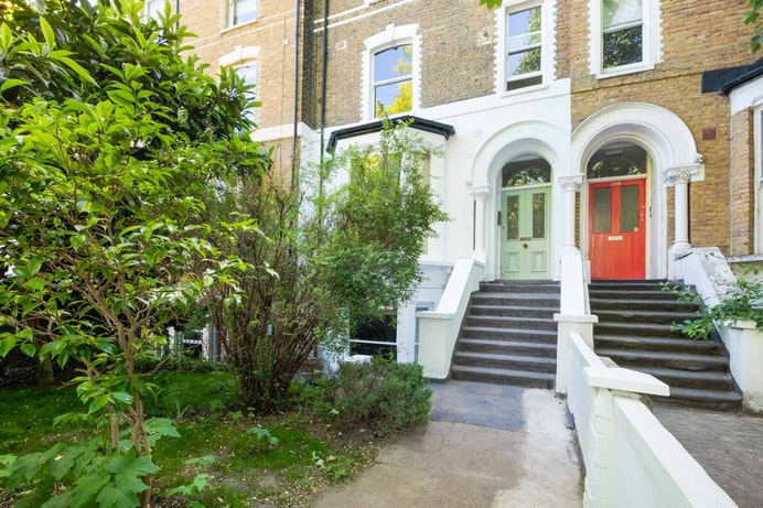 Amhurst Road, Hackney Downs for sale with Mr and Mrs Clarke estate agent