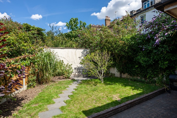 Chester Crescent, Dalston for sale with Mr and Mrs Clarke estate agent