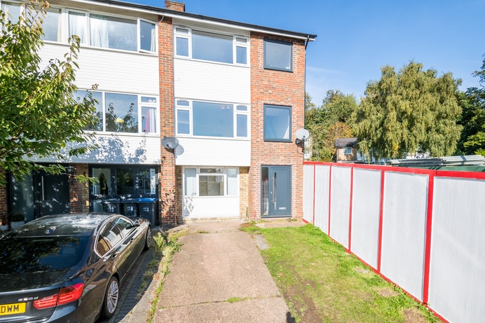 Buckleigh Way, Crystal Palace for sale with Mr and Mrs Clarke estate agent