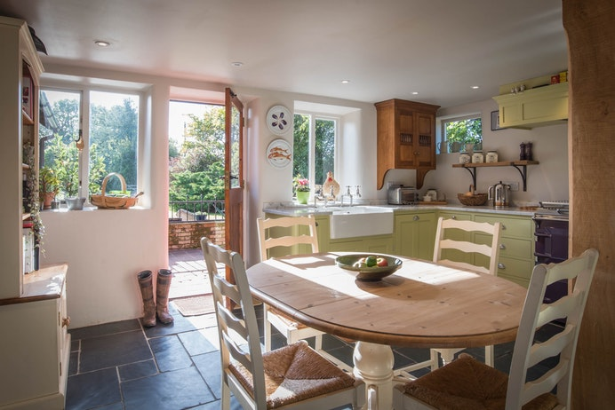 The Barn, Beausale for sale with Mr and Mrs Clarke estate agent