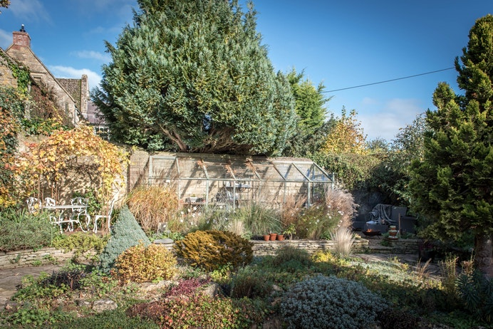Willow Tree Cottage, Salford for sale with Mr and Mrs Clarke estate agent