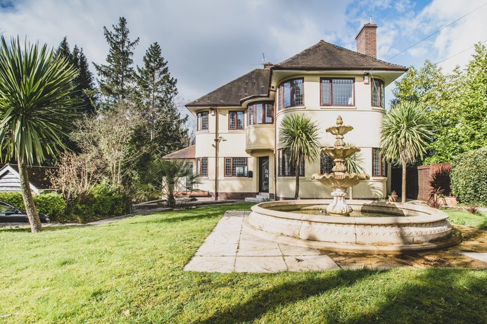 Ridgeway, Newport for sale with Mr and Mrs Clarke estate agent