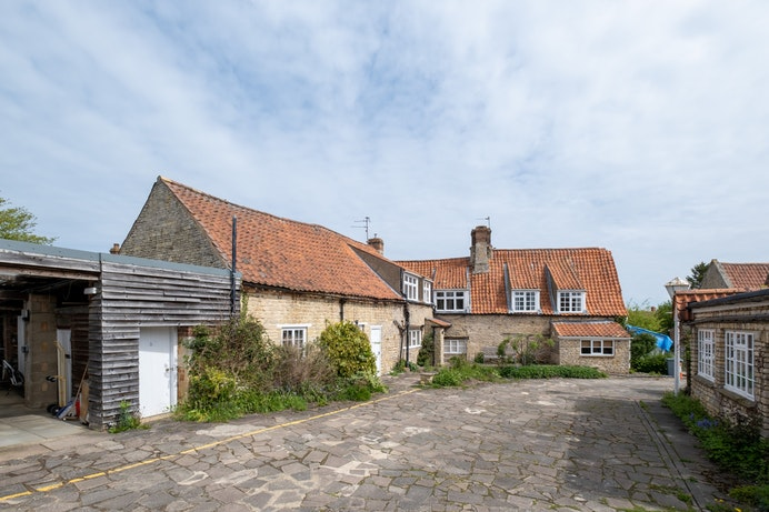 Whitegates, Swinstead for sale with Mr and Mrs Clarke estate agent