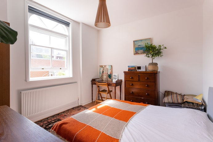 Lyme Grove, Hackney for sale with Mr and Mrs Clarke estate agent
