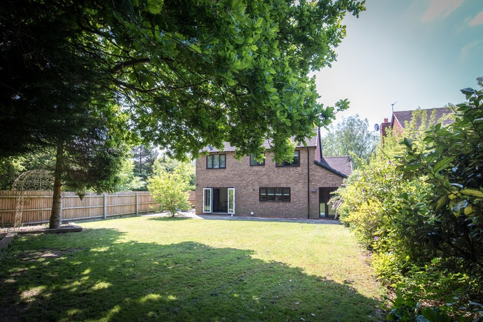 Saintbury Drive, Solihull for sale with Mr and Mrs Clarke estate agent
